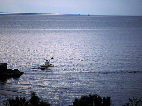Kayak rescue photographed by Jeff Zablow at Eastern Neck National Wildlife Refuge, Rock Hall, MD